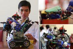 finally! meet the first ReRobot!