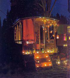 Gypsy Caravan at night.so romantic.Gypsy Caravan at night.so romantic. Bohemian Decor, Bohemian Style, Boho Chic, Gypsy Style, Bohemian Lifestyle, Hippie Style, Hippie Chic, Bohemian Clothing, Gypsy Home