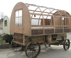 Shedworking: Sheep wagons: mobile shedworking Gypsy Trailer, Dog Trailer, Gypsy Caravan, Gypsy Wagon, Teardrop Trailer, Rockabilly Cars, Tiny House Cabin, Tiny Houses, Shepherds Hut
