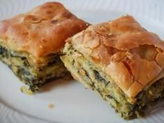 Traditional pies from the Zagori region. Among the best in the region are the pies you can eat at Takis stop in the valley of Aspraggeloi Pita Recipes, Greek Recipes, Cooking Recipes, Cypriot Food, Greek Pastries, Greek Desserts, Greek Cooking, Greek Dishes, Spanakopita