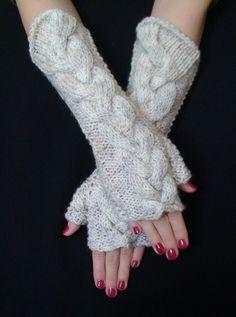 Fingerless Gloves Woolen