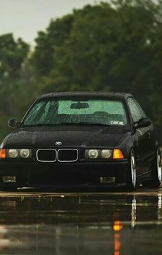 BMW E36 M3 Looking old and proud