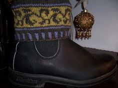 A quick knit to brighten up your boots. Inspired by Fair Isle Fling and Grandma's mittens
