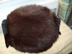 Vintage BEAR ? Fur Muff ROUND Hand Warmer Gloves Black Very Good Condition