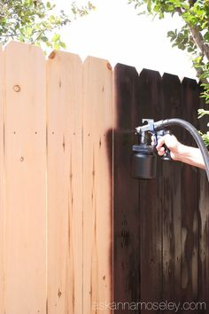 Wooden Fence Paint or Stain Beautiful the Fastest and Easiest Way to Stain A Wood Fence Privacy Fence Landscaping, Wood Privacy Fence, Pallet Fence, Diy Fence, Backyard Fences, Wooden Fence, Fence Ideas, Garden Ideas, Painted Wood Fence