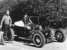 """The Great 1950′s T-Bucket Hot Rod Rivalry 