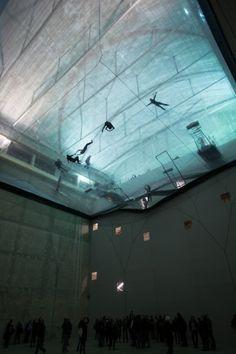 'On Space Time Foam' Exhibition / Studio Tomas Saraceno   ArchDaily