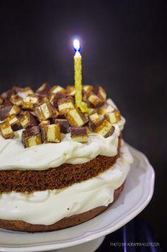 Torcik czekoladowy z cukierkami czekoladowymi z bloga Słodkie Przyjemności #gryz