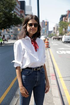 Classic beauty: white shirt and denim jeans plus the neckscarf /search/?q=%23manrepeller&rs=hashtag /search/?q=%23outfit&rs=hashtag