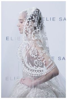 ELIE SAAB Haute Couture Spring Summer 2013 great for maybe an Arabian bride! Check out for more fun pins juul'sweddingsinspiration :) XO Julie Elie Saab, Trendy Wedding, Boho Wedding, Wedding Styles, Bridal Headpieces, Bridal Gowns, Bridal Lace, Wedding Veils, Wedding Dresses
