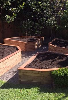 U Shaped Garden Beds Are Cost Effective Providing More Growing E With Less Material Costs They Work Well Matching Trellises
