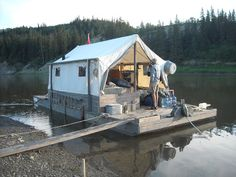 Dinosaur Hunting by Boat in Alberta, Canada: Scow trip July Float Life, Houseboat Living, Houseboat Ideas, Shanty Boat, Tent Living, Wall Tent, Water House, Boat Stuff, Belle Villa