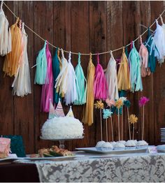 Paper Tassel Garland & Giant Balloon - Cute!