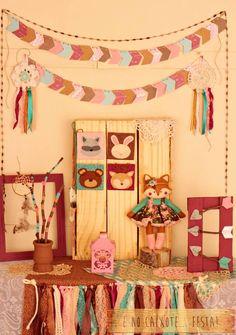 E no Caixote... Festa! Woodland A Raposinha mais charmosa que você vai encontrar na internet... rsrs Apaixonante para comemorar...