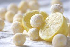 A handfull of splenda desserts. White Chocolate Lemon Truffles- A few low carb desserts that sound tasty Low Carb Desserts, Just Desserts, Lemon Desserts, Lemon Recipes, Sweet Recipes, Candy Recipes, Dessert Recipes, Dessert Ideas, Lemon Truffles