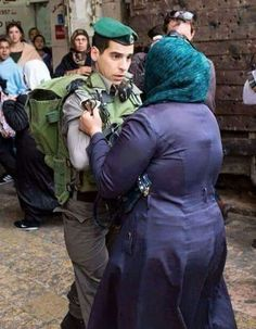 في فلسطين وفي القدس وفي الاقصى  معنى اخر للرجوله