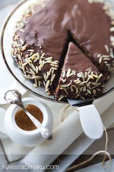 Torcik Dacquoise migdałowo-czekoladowy
