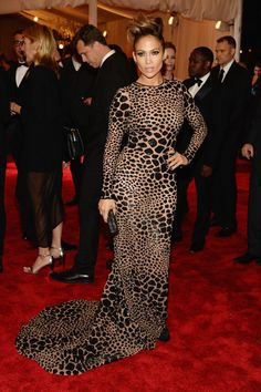 Jennifer Lopez in a custom black leopard sequin-embroidered Michael Kors gown. #MetGala