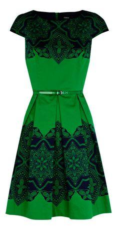 black lace emerald green dress - short sleeve - belt @Stephanie Close Close Close Close Bonney