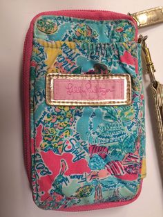 Lilly Pulitzer in The Beginning Wristlet Carded ID Wallet Case Zip Gold Strap | eBay