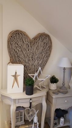 SO PRETTY Modern Country Style, Country Decor, Hall And Living Room, Weekend House, Hallway Decorating, Rustic Feel, Shabby Chic Homes, Furniture Inspiration, Cottage Chic