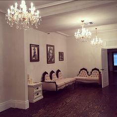 For All You Vintage Brides Get Picture Ready Inside The Bridal Suite At SuiteEvent VenuesWedding VenuesAlexandriaBeautiful