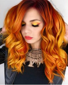 YES or NO? 😬Don't you just love how fashion color hair has progressed over the last year, thanks especially to Social Media helping make it…