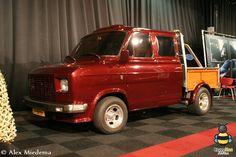 Big Trucks, Ford Trucks, Transit Custom, Old School Vans, Ford Transit, Custom Vans, Car Ford, Ford Motor Company, Mk1