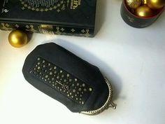 """Купить Очечник кожаный """"Пузырьки на черном с ключиком"""", футляр для очков - Очечник, черный, ключик, очешник"""