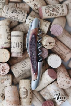 Sustainability in the most beautiful way: The handle of this special Forge de Laguiole® sommelier knife is made from a real wine barrel. Our authentic sommelier knife was produced in collaboration with professional Sommeliers and thus gives it its ergonomics, elegance and efficiency.   #wine #sommelier #sommelierknife #winelovers #finewine #giftideas #giftsformen #redwine #laguiole #laguioleknife #knife #waiter #waiterknife #forgedelaguiole #handmade #madeinfrance #worldcuisine #drinks #barrel