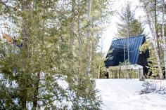 Uufie - Lake cottage, Bolsover 2013. Via, photos (C) Naho Kubota.