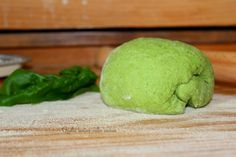 Impasto verde di semola per pasta fresca