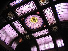 10 Most Amazing Stained Glass Ceilings