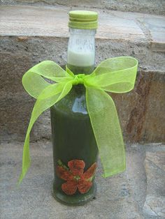 The Pink Fairy Studio : Πως να φτιάξετε σαμπουάν από λευκό και πράσινο σαπούνι Homemade Cosmetics, Health Diet, Hair Beauty, Soap, Bottle, Blog, Decor, Diys, Recipes