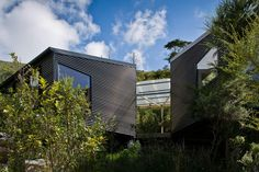 Miro Bay Bach | Tennent Brown Architects