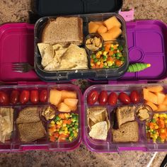 Back to the grind. My alarm clock was not my friend today! I don't think my brain truly woke up until after all the kids were in school  We are still loving our #yumbox  They have been so easy to pack and the kids are eating everything  I see so many #kids throw away food  #dietitianmom #dietitianlife #registereddietitian #bentokids #bentolunchbox #bentobox #schoollunchbox #lunchbox #lunchboxideas #packyourlunch #healthykidslunch #healthykidslunch #halfyourplate #coloryourplate…