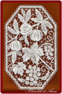 Anna's lace
