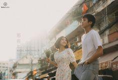Pre Wedding Shoot Ideas, Pre Wedding Poses, Pre Wedding Photoshoot, Wedding Couples, Cinematic Photography, Film Photography, Vintage Couples, Cute Couples, Korean Couple Photoshoot
