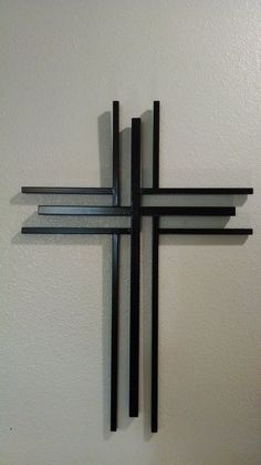 Your place to buy and sell all things handmade Easy Woodworking Ideas, Woodworking Projects That Sell, Wooden Crosses, Wall Crosses, Rustic Cross, Christian Crafts, Church Crafts, Music Decor, Welding Art