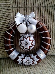 Brown and white wreath
