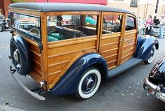 1937 Ford Woodie Station Wagon