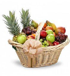 First Class Fruit Basket: Fruit Gift Baskets - An abundance of fresh fruit makes… Fruit Gifts, Food Gifts, Edible Fruit Baskets, Chocolates, Fruit Basket Delivery, Fruits Basket Manga, Holiday Gift Baskets, Raffle Baskets, Beautiful Fruits