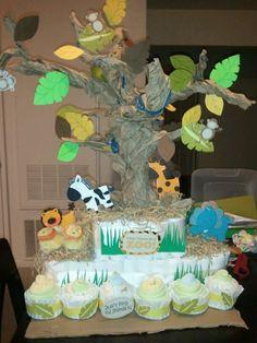 Jungle theme diaper cake by kao sheng and I.