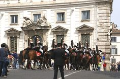Rom, Piazza del Quirinale, Wachablösung (Changing of the Guards)