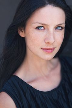 caitriona balfe (Claire Fraser in Outlander) Headshot Poses, Actor Headshots, Headshot Photography, Headshot Ideas, Photography Studios, Photography Marketing, Photography Backdrops, Photography Tutorials, Senior Portraits