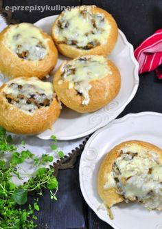 Bułki faszerowane mięsem i pieczarkami Kitchen Recipes, Snack Recipes, Cooking Recipes, Snacks, Czech Recipes, Food Crafts, Healthy Dishes, Appetizers For Party, Cooking Time