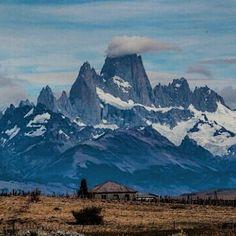 On instagram by gusoccelli #landscape #contratahotel (o) http://ift.tt/1pgVuht #montefitzroy #elchalten #santacruz #patagonia #argentina #argentinaig #nikon #nikon_photography_ #nikonphotography #nikond5000 #instagram #paisajes  Monte Fitz Roy El Chalten provincia de Santa Cruz