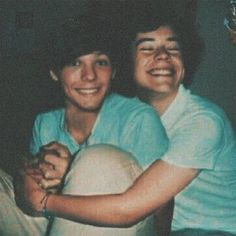 One Direction Images, One Direction Wallpaper, One Direction Harry, Direction Quotes, One Direction Facts, Harry Styles Wallpaper, Larry Stylinson, Louis Tomlinsom, Louis And Harry