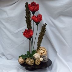 Send flowers directly from a real local florist. Fresh flowers, same-day delivery. Send Flowers, Fresh Flowers, Silk Arrangements, Local Florist, Flower Delivery, Black Silk, Flower Designs, Custom Design, Table Decorations