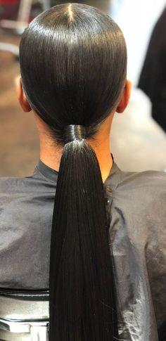 Sleek and low ponytail. Sleek Hairstyles, Weave Hairstyles, Pretty Hairstyles, Girl Hairstyles, Ponytail Hairstyles Black Hair, Wedding Hairstyles Natural Hair, Baddie Hairstyles, Ponytail Styles, Curly Hair Styles